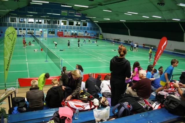 Badminton_3/1381795n